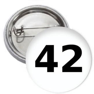 Ansteckbutton - 42 - Die Antwort